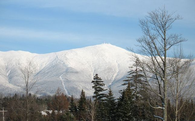 800px-Mt__Washington_from_Bretton_Woods