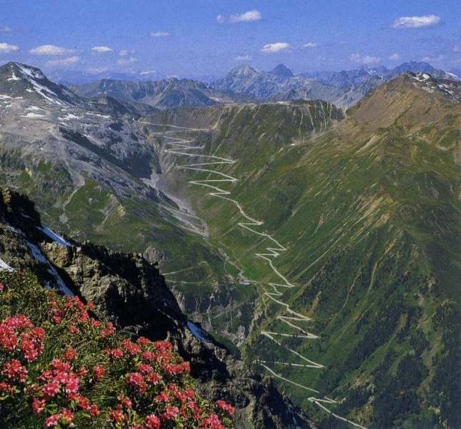 The-Stelvio-Pass-Italy-Long