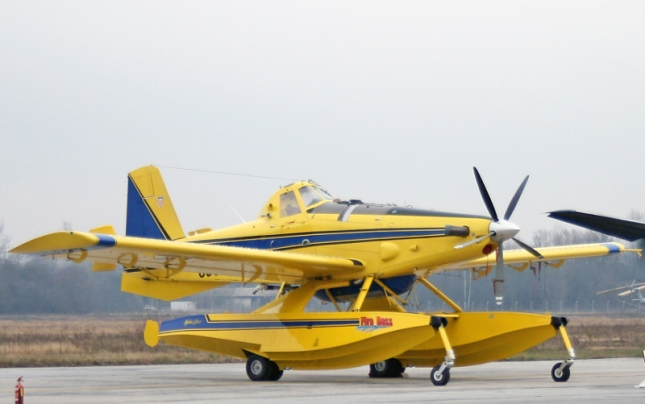 Air_tractor_111209_1