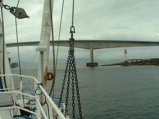 approach-to-skye-bridge